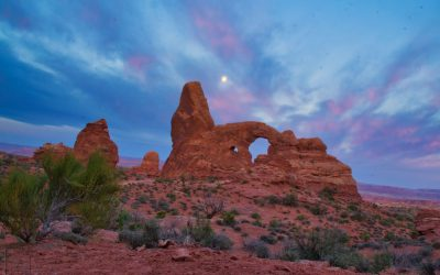 Windows and Turret Arch, Arches National Park, Ut
